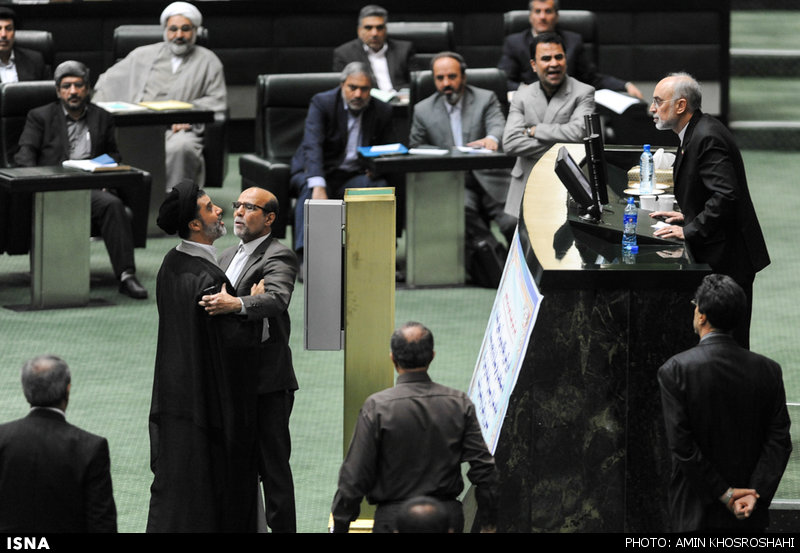 شان مجلس، تصویب یک ربعی و تهدید به قتل؟!