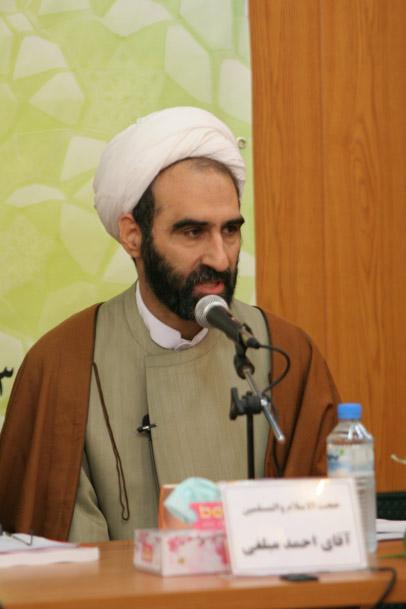 رییس دانشگاه مذاهب اسلامی: برای آشتی دادن جامعه امروز با اسلام، فقه را کوچک نکنید