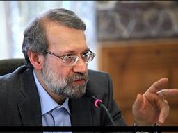 دکتر لاریجانی در گفتگوی ویژه خبری از استودیوی قم: فضای اقتصادی کشور نباید امنیتی شود/ نگاهم به سرانجام برجام مثبت است