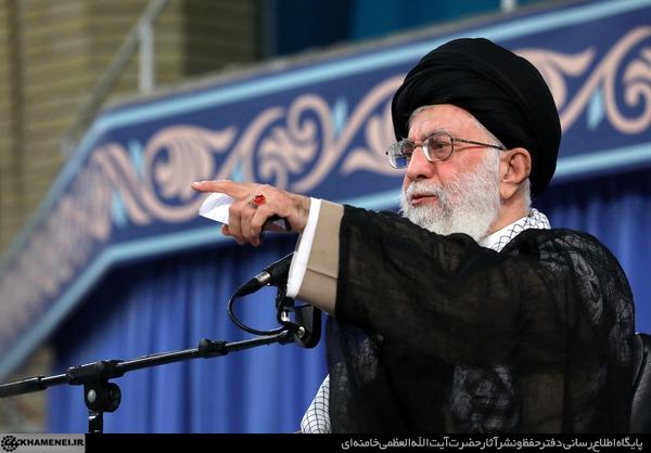مجازات مفسدان اقتصادی سریع و عادلانه انجام گیرد